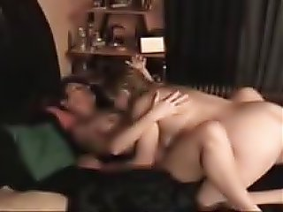 sex Homemade lesbians having fun!